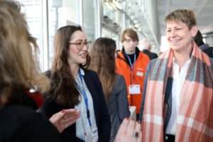 Senatorin Breitenbach auf Ausbildungsmesse